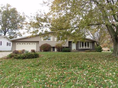 Wapello County Single Family Home For Sale: 17 Schwartz Drive