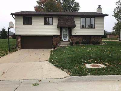 Wapello County Single Family Home For Sale: 1402 Brentwood Dr