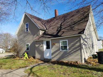 Washington County Single Family Home For Sale: 110 N Main