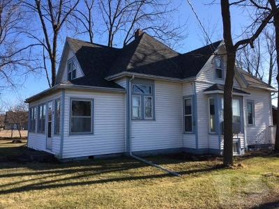Jefferson County Single Family Home For Sale: 204 E Maple