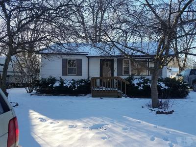 Wapello County Single Family Home For Sale: 6 Hackworth Drive