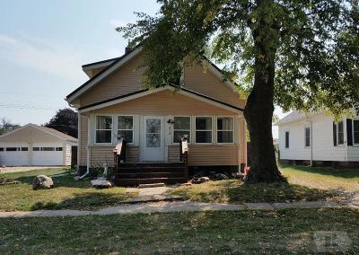 Wapello County Single Family Home For Sale: 814 Queen Anne