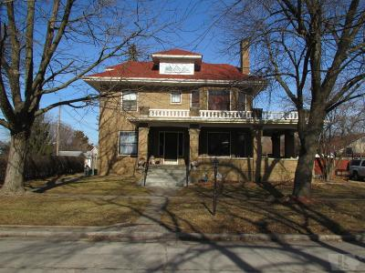 Mount Pleasant Single Family Home For Sale: 403 W Monroe