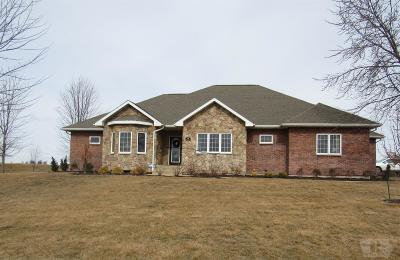 Wapello County Single Family Home For Sale: 39 Pinehurst Circle