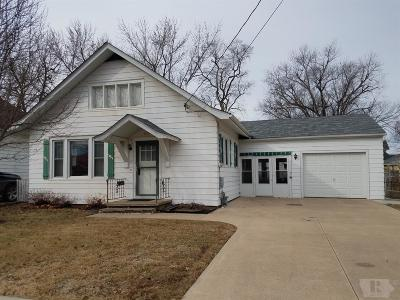 Wapello County Single Family Home For Sale: 225 Ransom