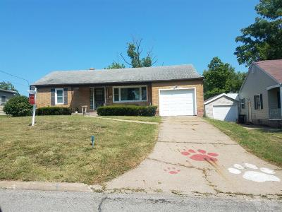 Wapello County Single Family Home For Sale: 1212 Castle