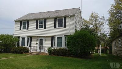 Wapello County Single Family Home For Sale: 169 W Alta Vista