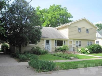 Fairfield IA Multi Family Home For Sale: $295,000