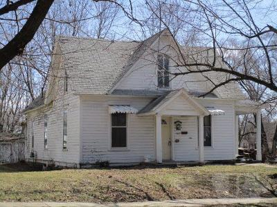 Fairfield IA Single Family Home For Sale: $49,900