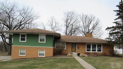 Wapello County Single Family Home For Sale: 28 Raynan