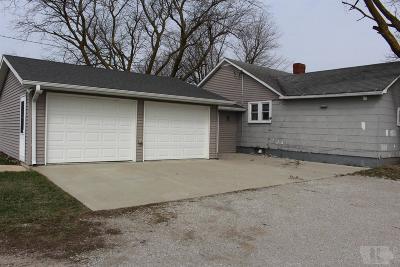 Numa IA Single Family Home For Sale: $175,000