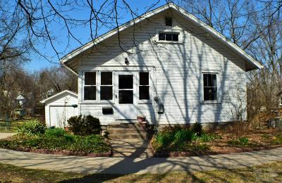Fairfield IA Single Family Home For Sale: $94,500