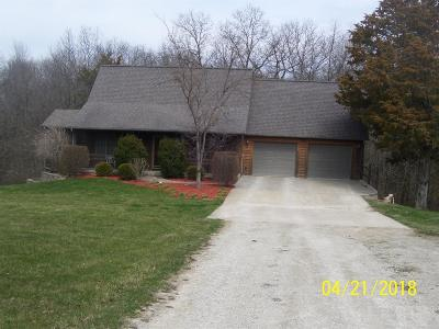 Van Buren County Single Family Home For Sale: 22637 115th Street