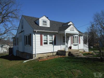Wapello County Single Family Home For Sale: 328 N Quincy