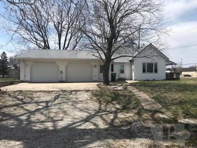 Keokuk County Single Family Home For Sale: 206 W Sixth Street