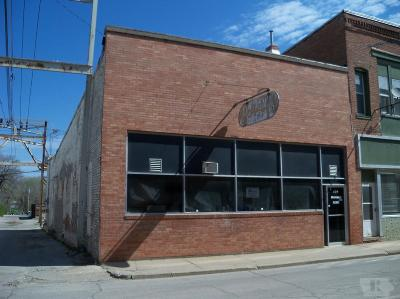 Commercial For Sale: 209 W Vanburen Street