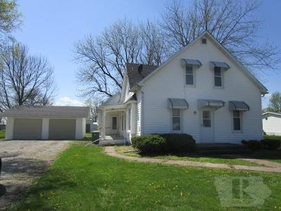 Van Buren County Single Family Home For Sale: 411 S Main Street
