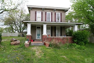 Appanoose County Single Family Home For Sale: 823 E State