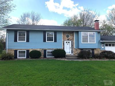 Wapello County Single Family Home For Sale: 71 Schwartz Drive