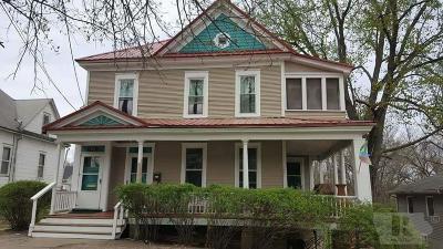 Wapello County Multi Family Home For Sale: 117 E Woodland