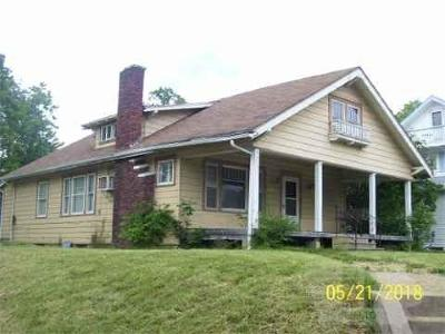 Jefferson County Single Family Home For Sale: 1101 E Burlington