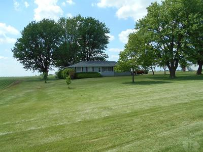 Wapello County Single Family Home For Sale: 13034 Wapello Mahaska Rd