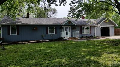 Wapello County Single Family Home For Sale: 324 Elmdale