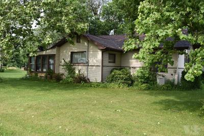 Moravia IA Single Family Home For Sale: $77,500