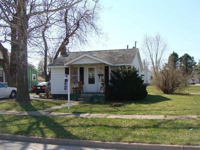 Ottumwa Single Family Home For Sale: 1012 Clinton