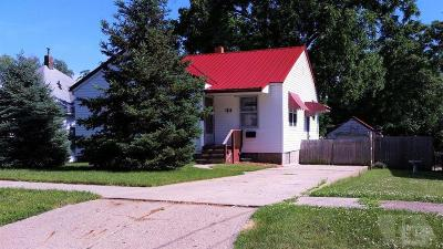 Wapello County Single Family Home For Sale: 1614 Locust