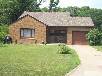 Wapello County Single Family Home For Sale: 317 E Park