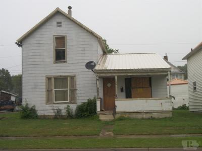 Wapello County Single Family Home For Sale: 809 W Main St