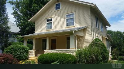 Fairfield IA Single Family Home For Sale: $165,000
