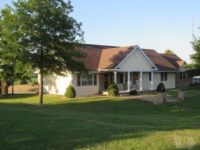 Davis County Single Family Home For Sale: 707 E Arkansas Avenue