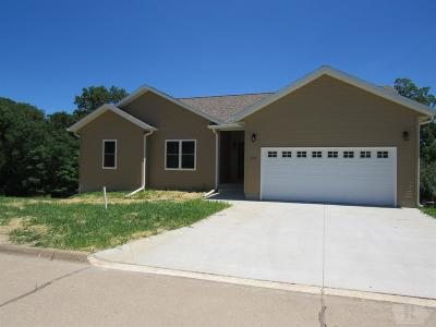 Wapello County Single Family Home For Sale: 610 N Adams