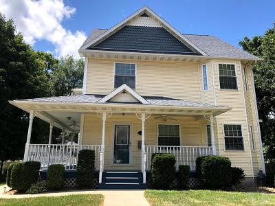 Mount Pleasant Single Family Home For Sale: 405 S Main Street