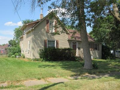 Davis County Single Family Home For Sale: 408 W Chestnut Street