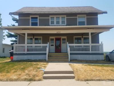 Wapello County Single Family Home For Sale: 624 E Second