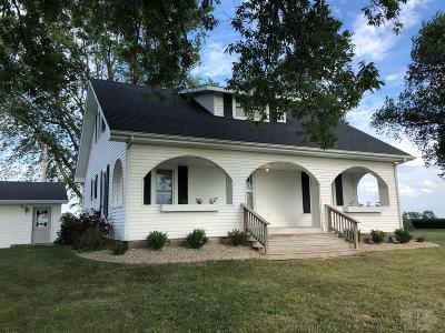 Wapello County Single Family Home For Sale: 1761 Washington Road