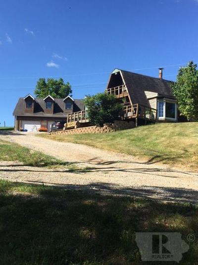 Wapello County Single Family Home For Sale: 9710 100th Ave