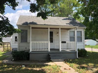Wapello County Single Family Home For Sale: 144 Lillian