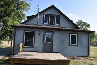 Exline IA Single Family Home For Sale: $82,500