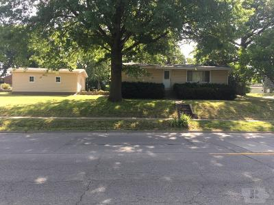 Ottumwa Single Family Home For Sale: 502 N Iowa