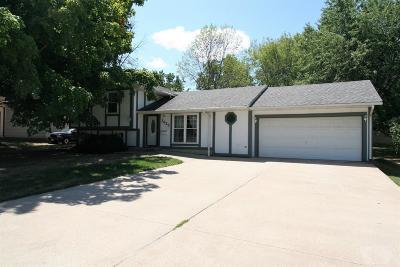 Centerville IA Single Family Home For Sale: $110,000