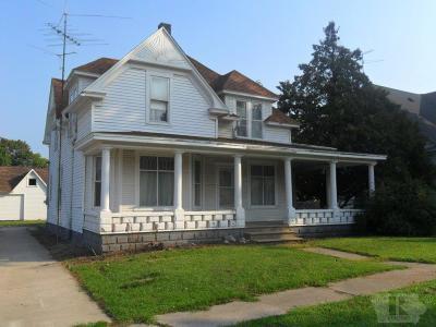 Van Buren County Single Family Home For Sale: 203 Olive Street