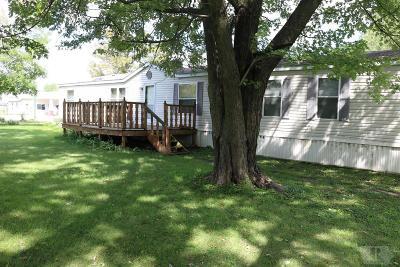 Moulton IA Single Family Home For Sale: $49,000
