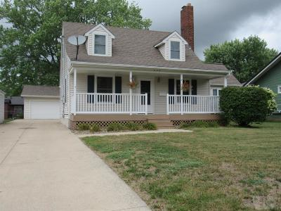 Wapello County Single Family Home For Sale: 209 W Golf