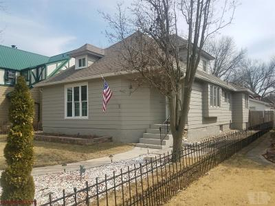 Wapello County Single Family Home For Sale: 176 E Alta Vista Avenue