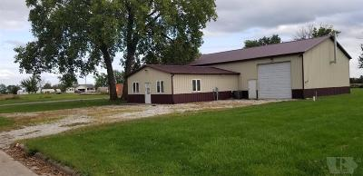 Appanoose County Single Family Home For Sale: 104 E 1st Street
