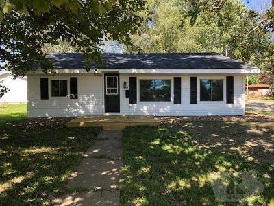 Appanoose County Single Family Home For Sale: 215 E Short